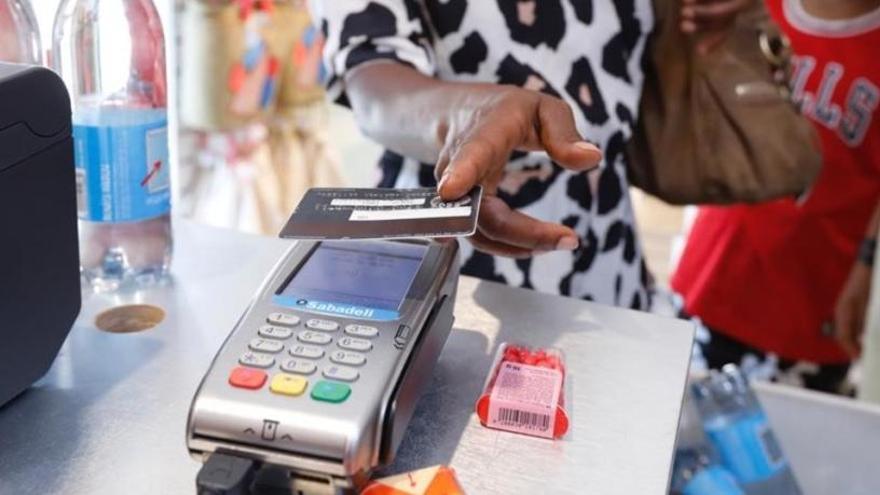 Ofensiva en los juzgados contra las tarjetas de crédito 'revolving'