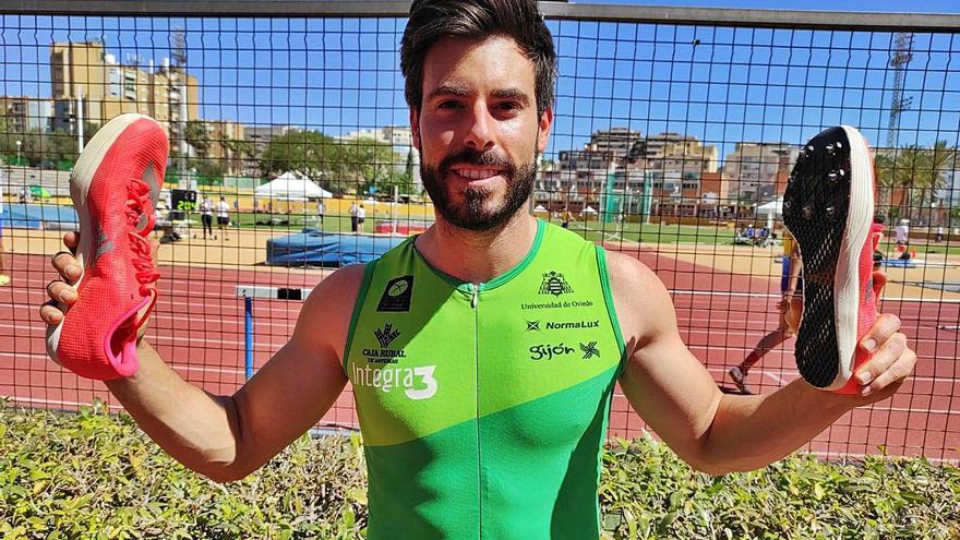 El saltador gijonés Javier Cobián brilla en Málaga: récord personal y mejor marca del año con 7,80 metros