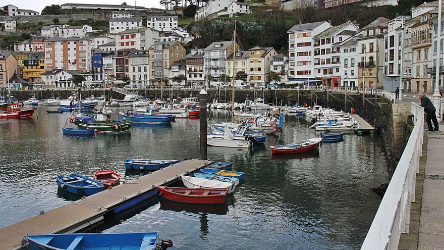 Luarca renovará el entorno del puerto y recuperará el antiguo Museo del Calamar