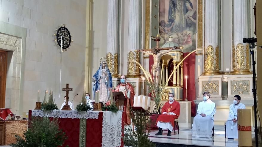 Hermandades y cofradías de San Vicente celebran la Semana Santa en las parroquias