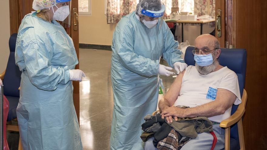 Andalucía suma 1.254 contagios y 17 muertos en los últimos dos días