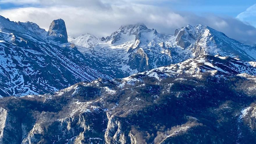 Asturias se resiste a entrar en el invierno y apuesta por una cálida Navidad