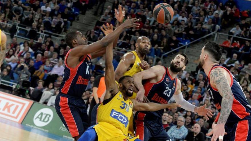 El Baskonia no falla ante el Maccabi y jugará el 'playoff'