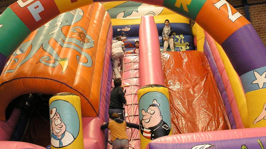 Mor una nena de quatre anys en explotar un castell inflable