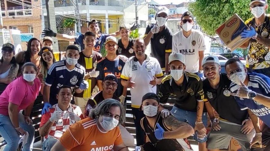 Paulista ayuda al club de su niñez