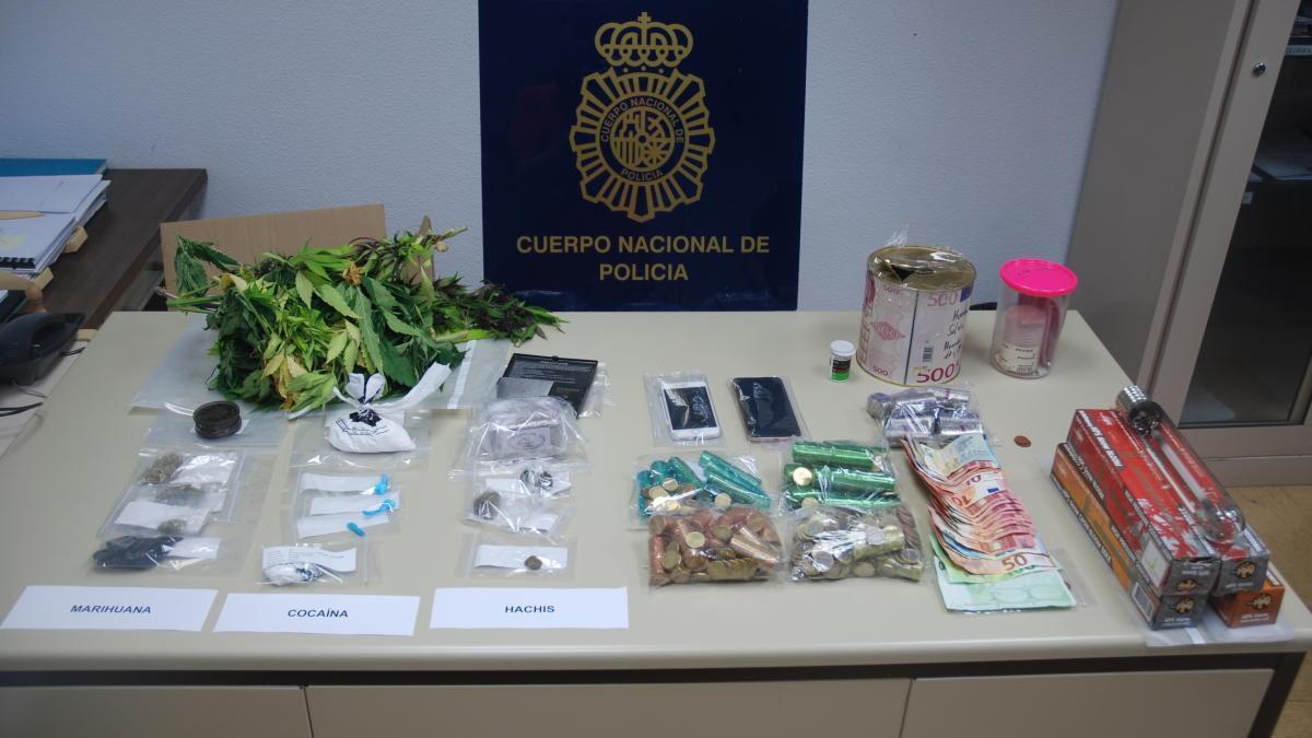 """Efectos intervenidos en la Operación """"Chan""""."""