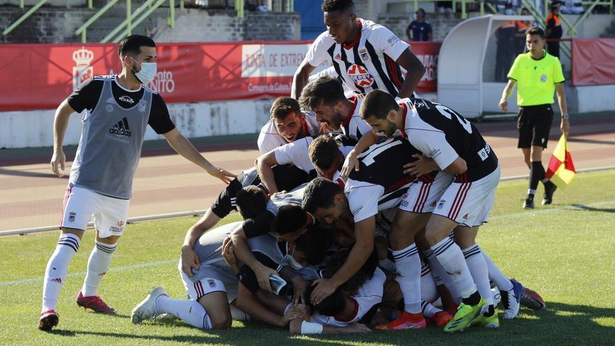El Badajoz B sube a Tercera tras vencer por la mínima al Guadiana