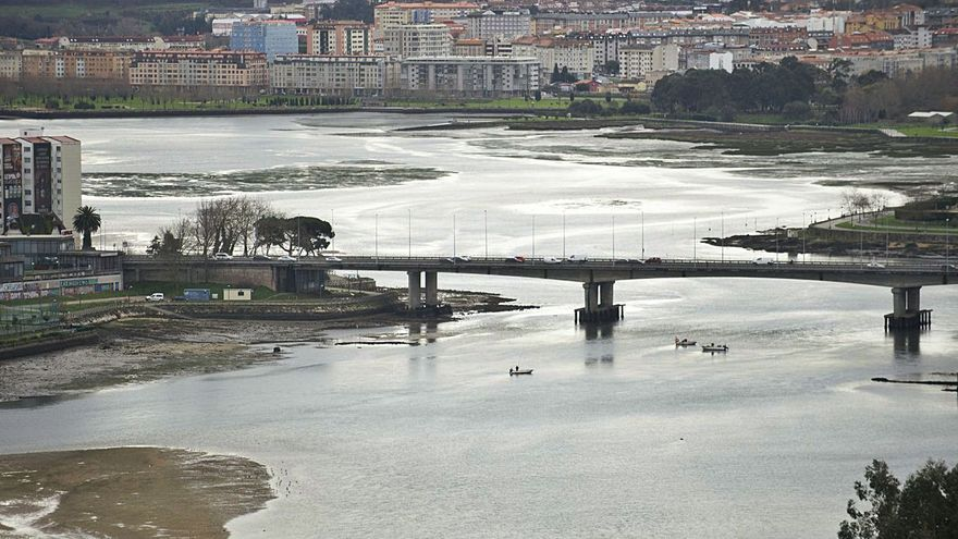 El Estado licita las obras de dragado de la ría de O Burgo tras ocho años de trámites ambientales