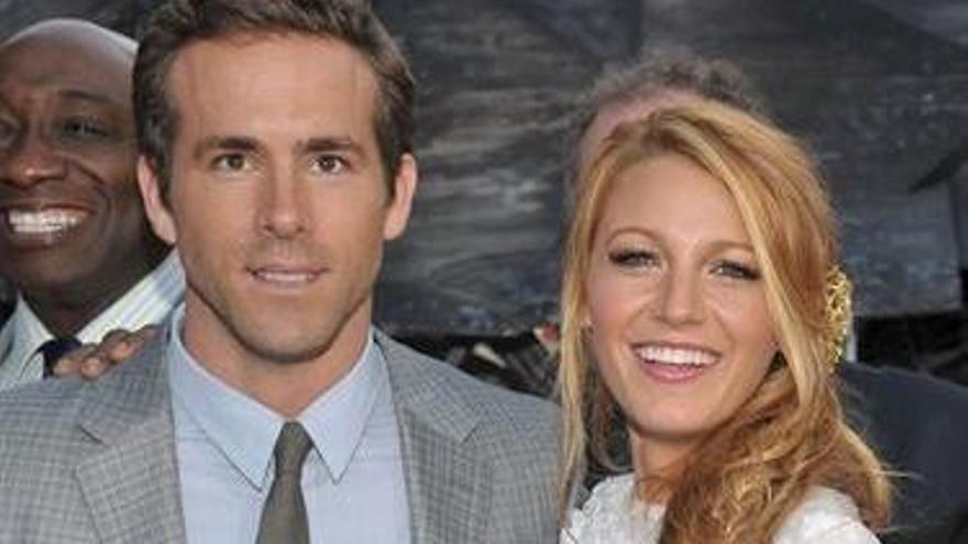 Ryan Reynolds se venga de Blake Lively en las redes sociales