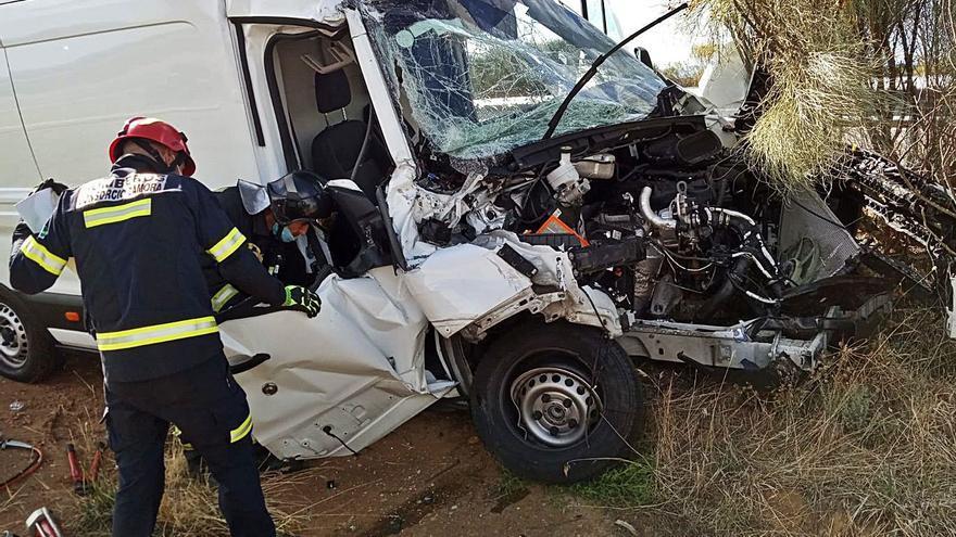 Herido en un accidente de tráfico en Rionegro del Puente