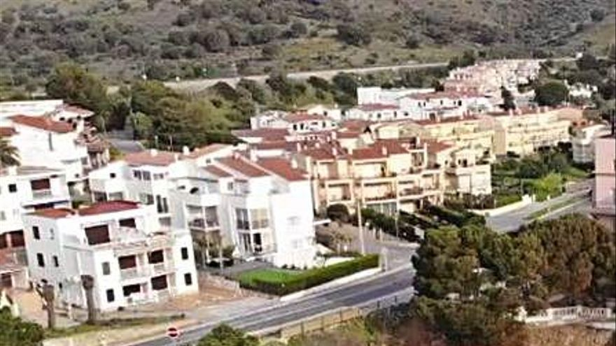 Els municipis de la Costa Brava esperen recuperar la normalitat a l'estiu