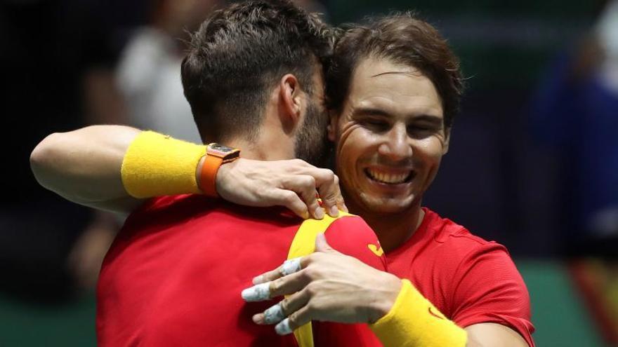 España gana a Argentina y se medirá a Gran Bretaña en semifinales de la Davis