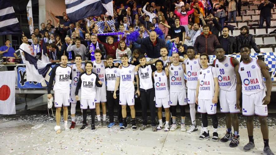 Alicante demuestra su categoría ante el Aquimisa Q. Zamorano (90-65)