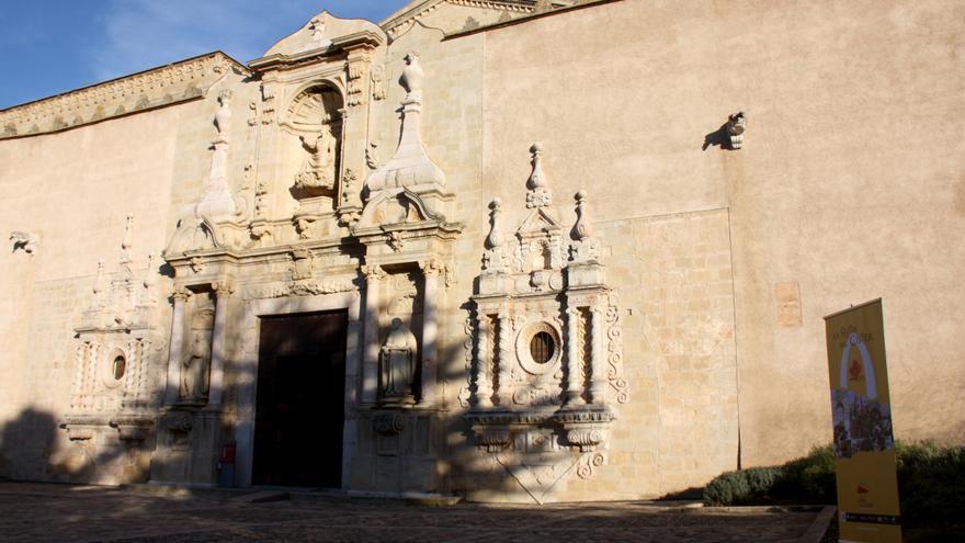 El monjo de Poblet acusat d'un delicte sexual es declara culpable d'un tocament a una menor