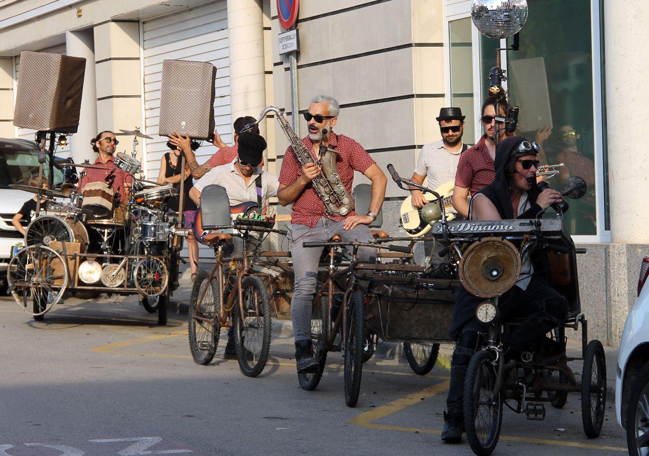 Passacarrers de Music on cycles