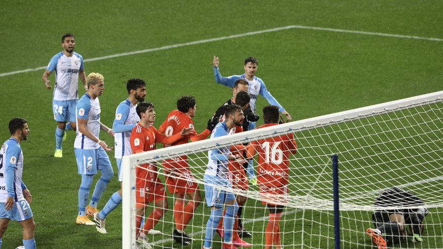 El Málaga-Oviedo de Copa, en imágenes