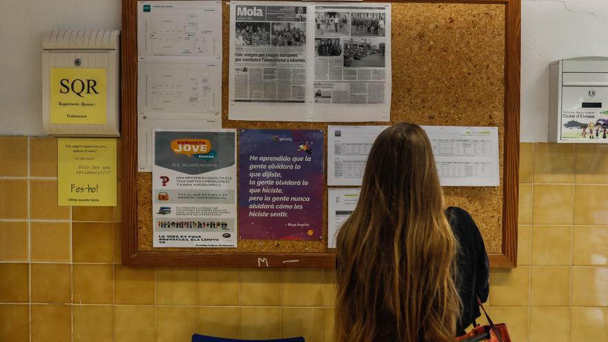 Santa Eulària aprueba la lista de las ayudas para estudiantes desplazados