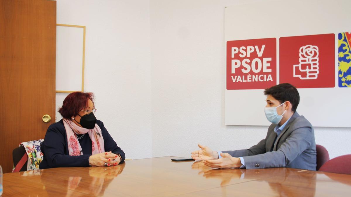 María José Broseta y Borja Sanjuán durante la reunión.