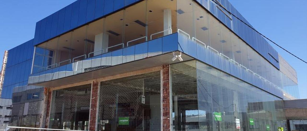 Inmueble que albergará la nueva sede de Bimba y Lola en Vigo. // Marta G. Brea