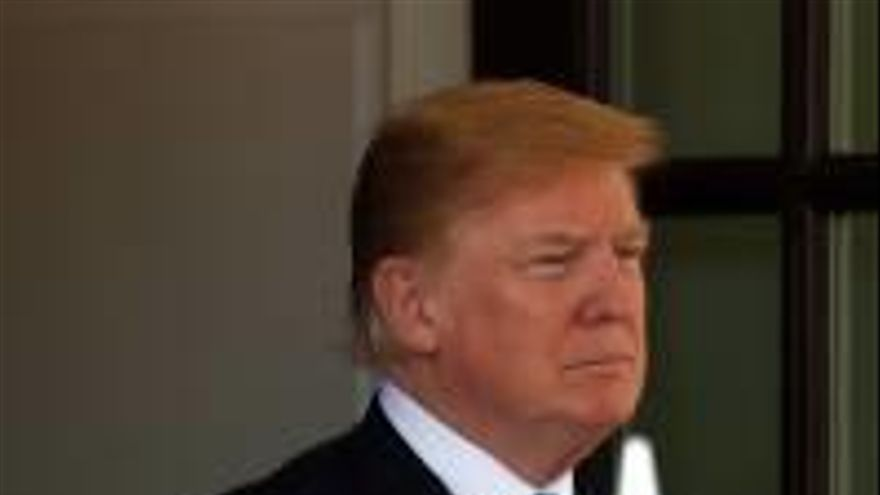 Trump reclama  a Sánchez més inversió a l'OTAN