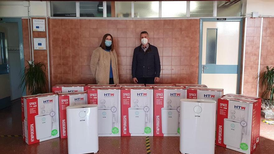 El Ayuntamiento de Añora dota de purificadores los centros educativos y la residencia