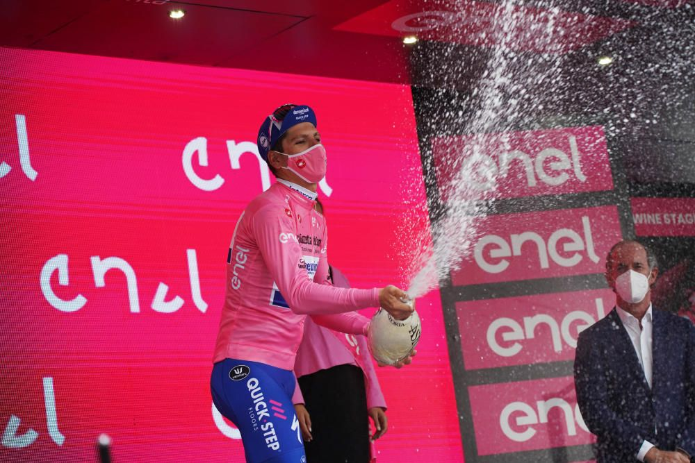 Filippo Ganna vence en la crono del Giro