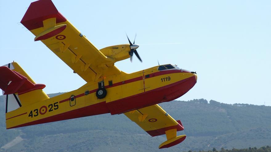 Un hidroavión de la UME regresa a Gran Canaria para realizar su entrenamiento anual