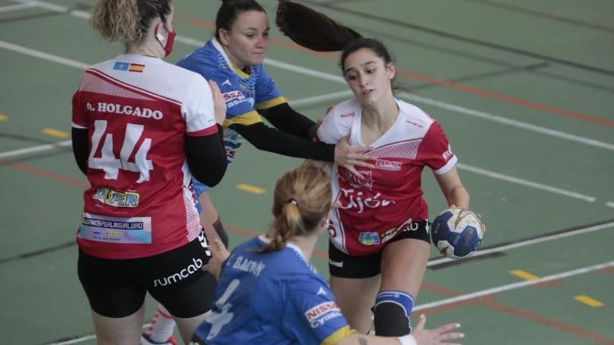 División de Honor Femenina de balonmano: El Gijón domina al Siero (25-21)