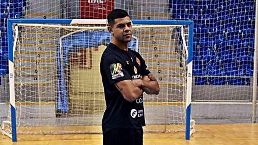 Vilela, máximo goleador del Palma Futsal con 19 tantos, se exige mejorar