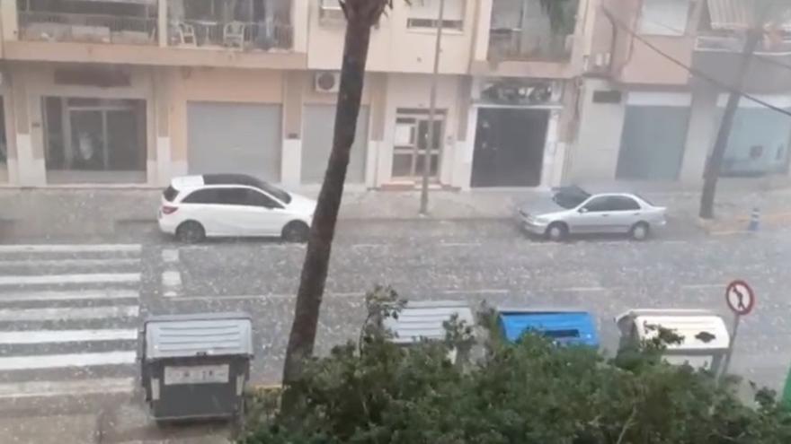 Las previsiones se cumplen: intensa granizada en Benicarló