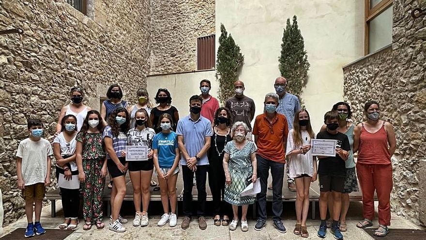 Lliuren els premis de recerca Pilar Pellicer i Parals als estudiants de l'Escala