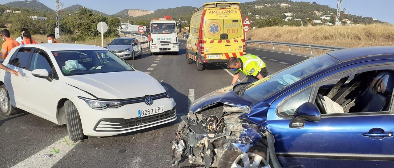 Los dos vehículos implicados en el accidente.