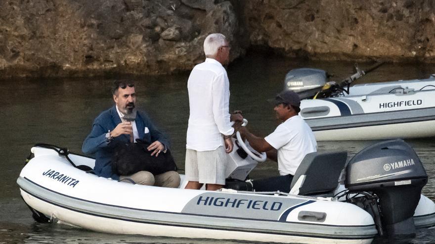 Jaime de Marichalar se cae en un barco durante sus vacaciones en Ibiza