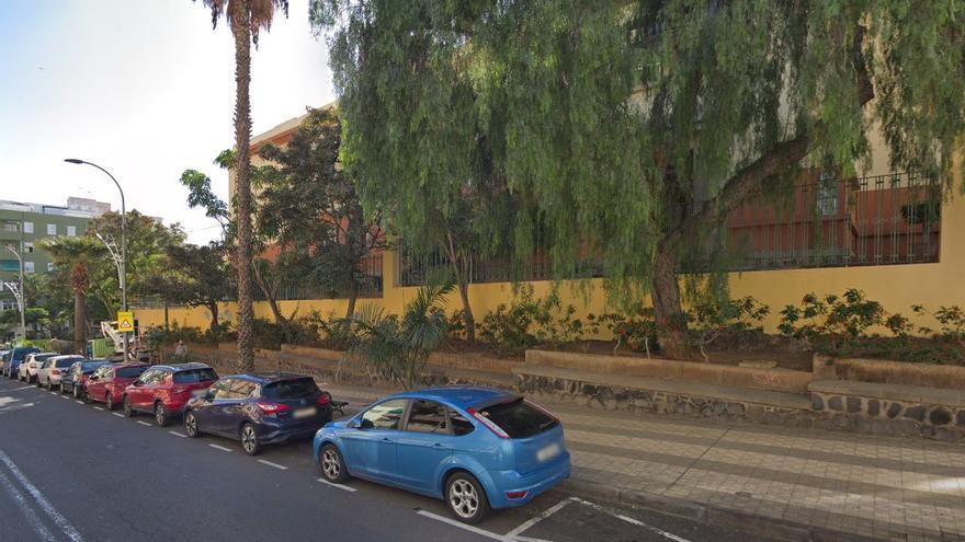Santa Cruz declara la emergencia de la obra de la cubierta del colegio San Fernando