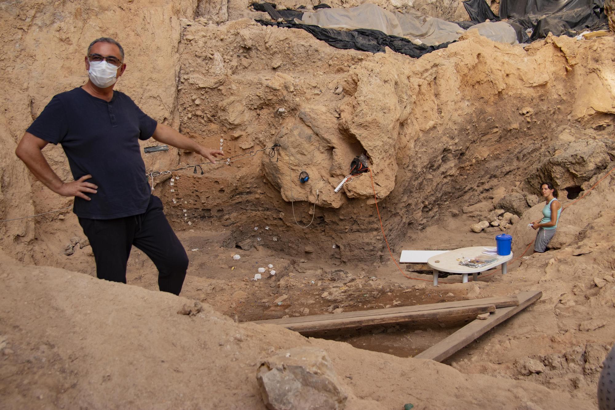 Día de visitas en las excavaciones del Salt en Alcoy