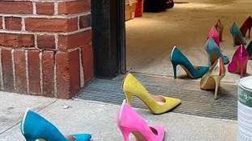Carrie abre tienda