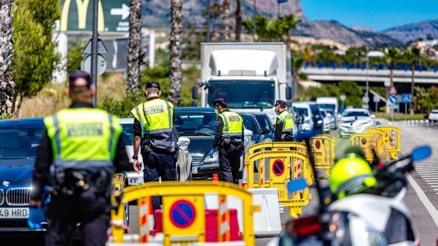 Benidorm convoca una oposición para consolidar 16 plazas de la Policía Local