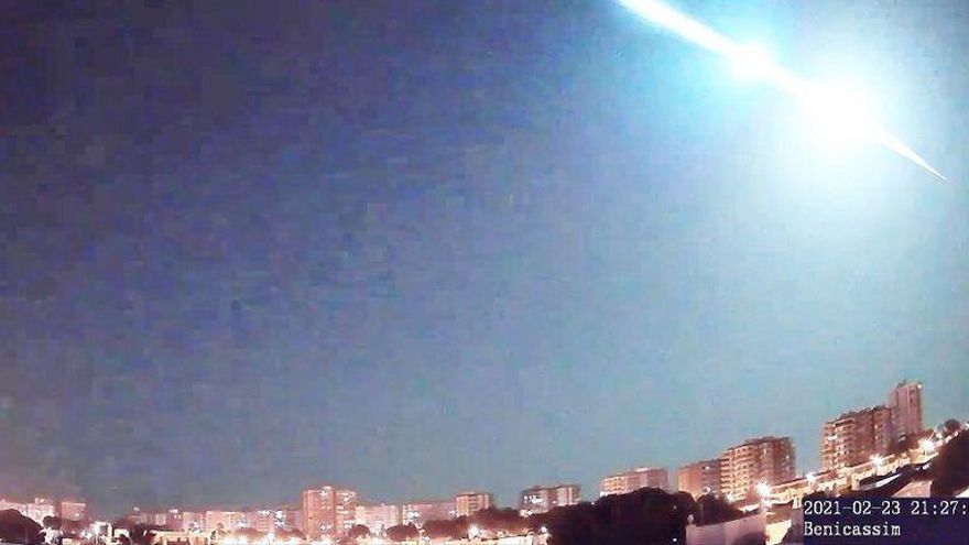 Un 'meteorito' cruza la pasada noche el cielo de Castelló