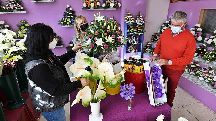 """Las floristerías """"renacen"""" con el Día de Todos los Santos"""