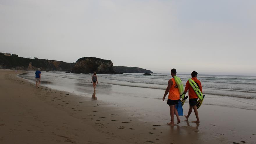 Las playas de Castropol tendrán socorristas a finales de semana