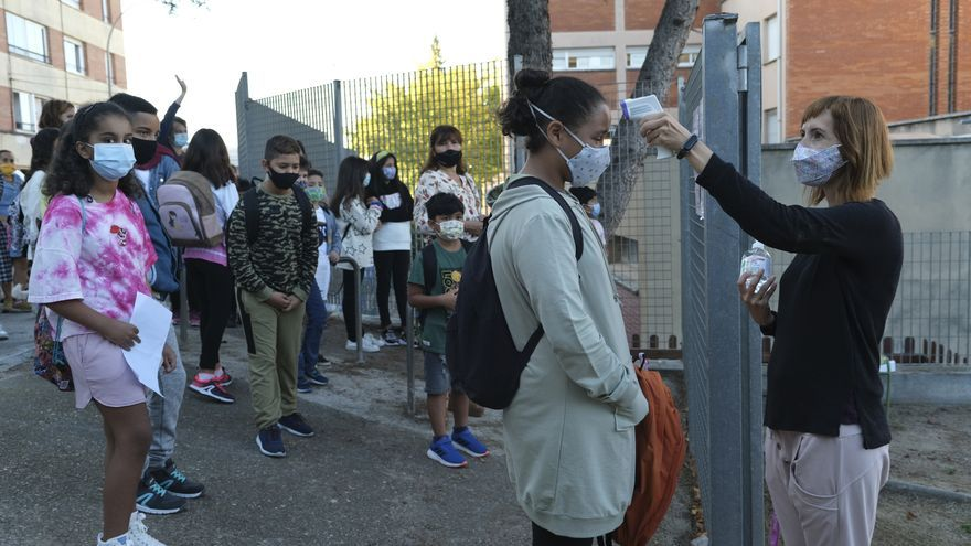 El nombre de grups escolars confinats a la Catalunya Central cau a nivells d'inici de curs