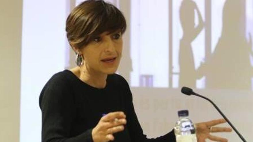 """Aina Tarabini: """"Els joves abandonen el sistema educatiu per avorriment"""""""