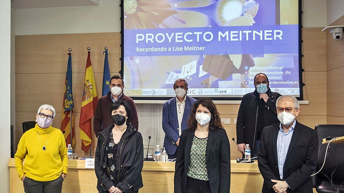 La presentación del proyecto de mujeres en la ciencia.  levante-emv