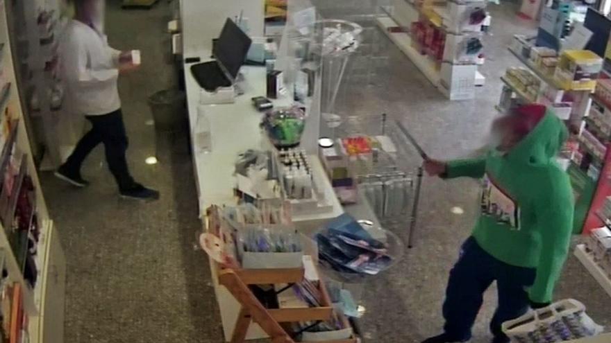 Cuatro años y medio de cárcel por atracar cinco farmacias en una semana en Palma
