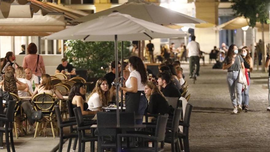 Catalunya obrirà bars i restaurants fins a les onze de la nit a partir del 9 de maig