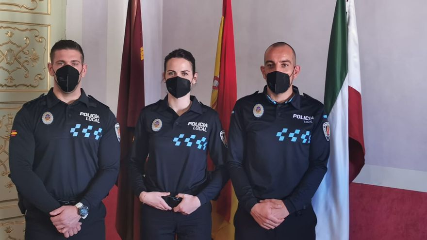 Tres nuevos agentes toman posesión como Policías Locales en Cehegín