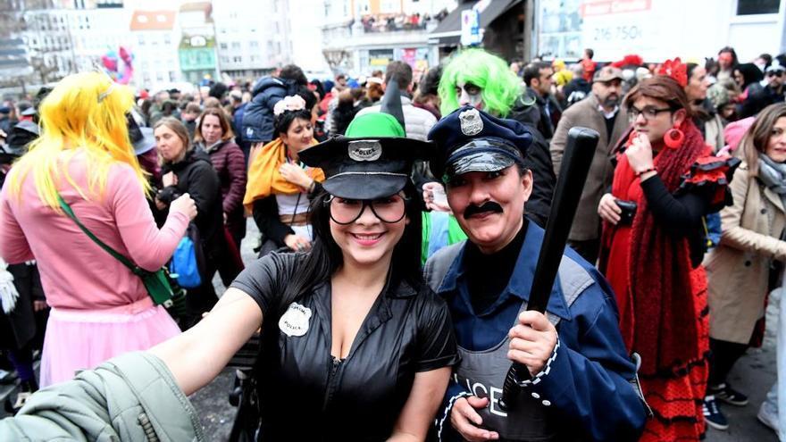 Carnaval 2021 | El Concello suspende el entroido coruñés por el COVID