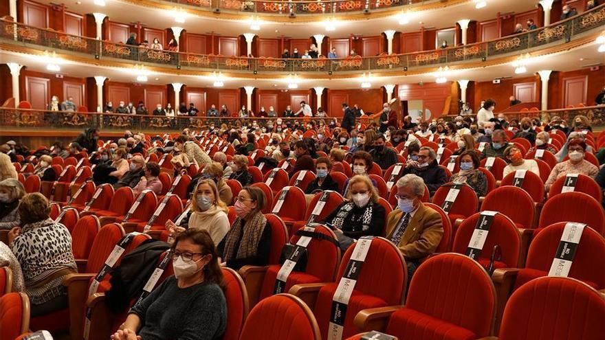 Los teatros municipales de Córdoba adelantan sus funciones a las 18.00 horas