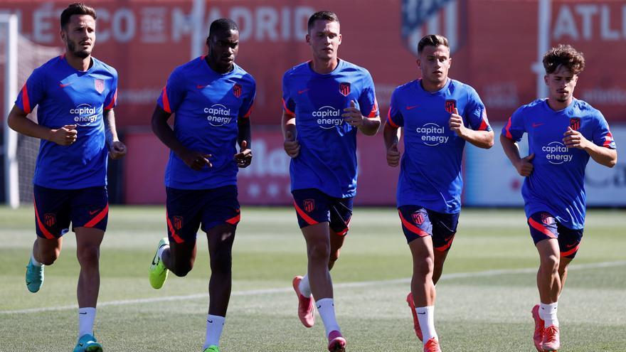 El Atlético empieza la pretemporada con seis jugadores del primer equipo