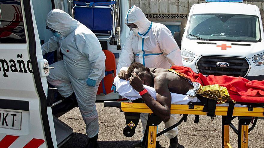 Mueren en el hospital otros dos de los ocupantes de los cayucos del viernes